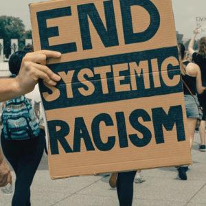O racismo e a grande comissão
